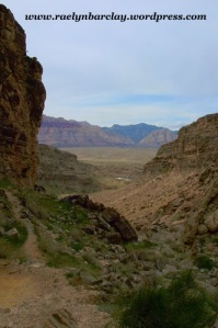 Hiking in Cave Canyon